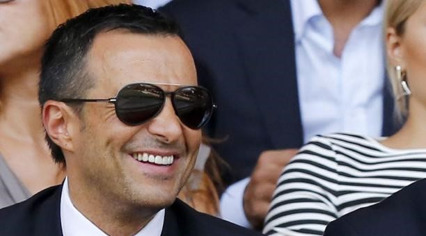 Jorge Mendes supporting his players.
