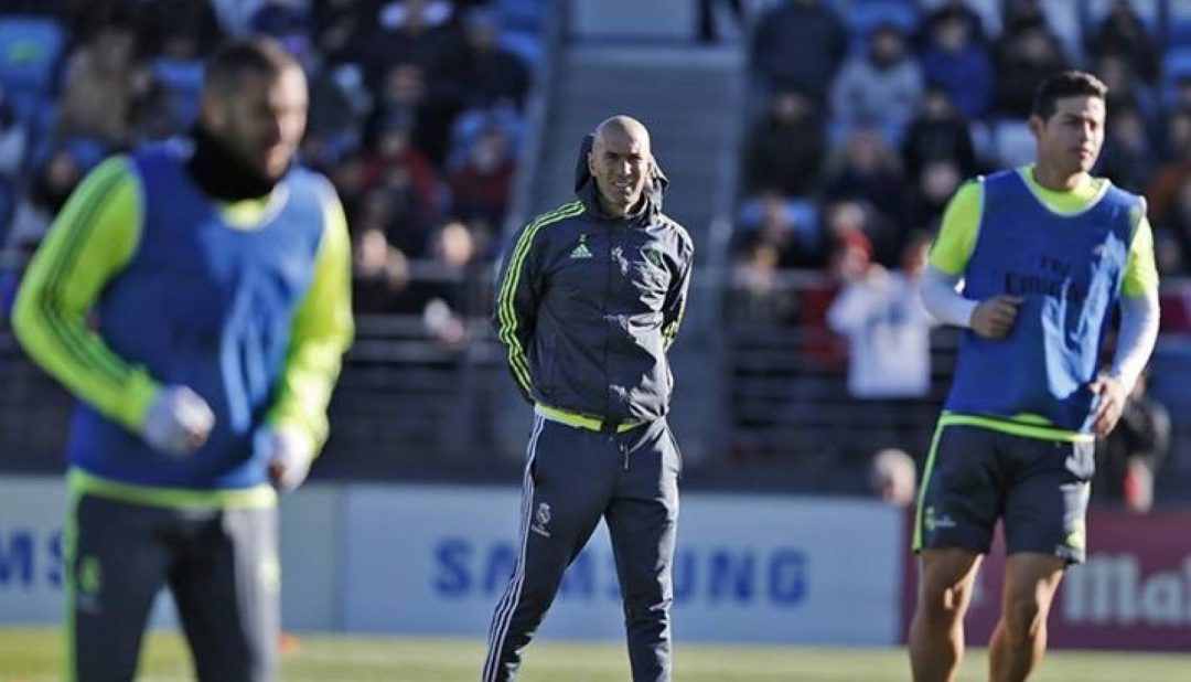 Zidane's first full training session as head coach