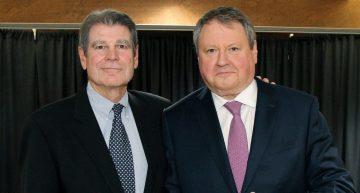 EU Group President Receives Distinguished Service Award
